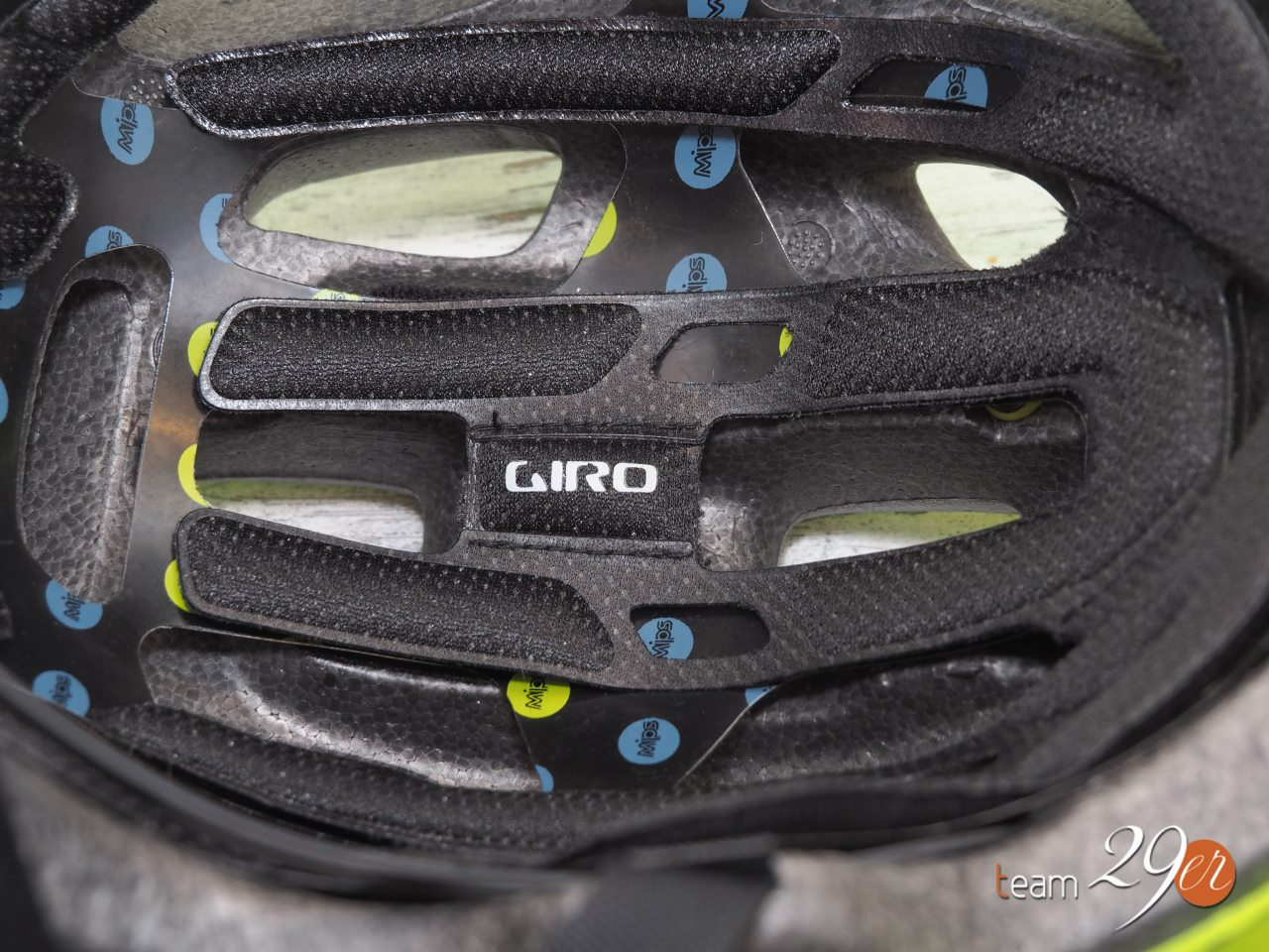 Test kask Giro Chronicle MIPS 8
