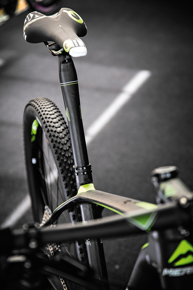 merida seatpost sstay