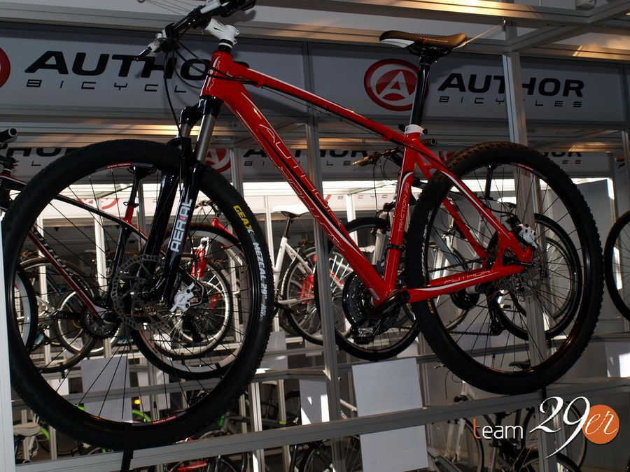 http://www.test.rowery650b.eu/images/stories/imprezy/Targi%20Bike%20Expo%202013/Pepiki/Velo_01.JPG