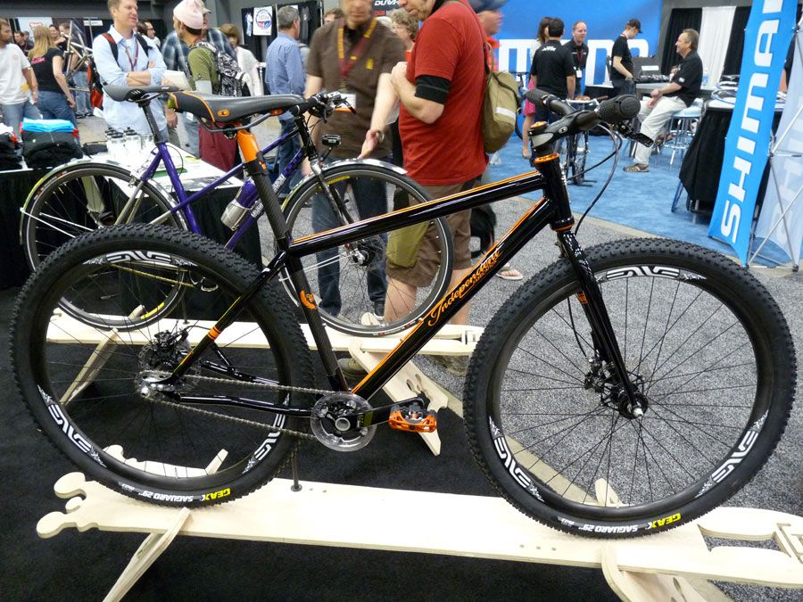 nahbs-2011-independent-fabrications-titanium-carbon-29er-mtb01