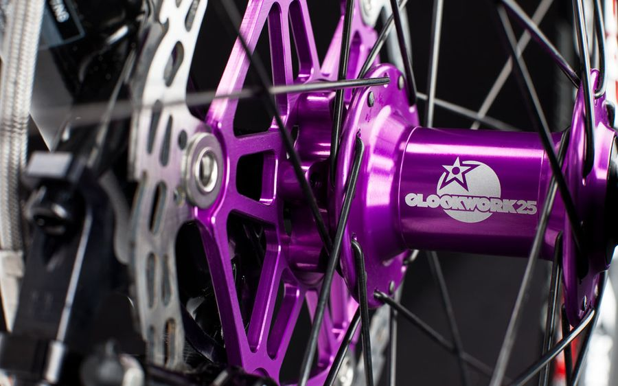 Clockwork 25 edition Hope Pro II hubs