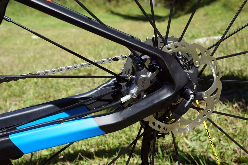 2015-orbea-oiz-full-suspension-xc-mtb-05