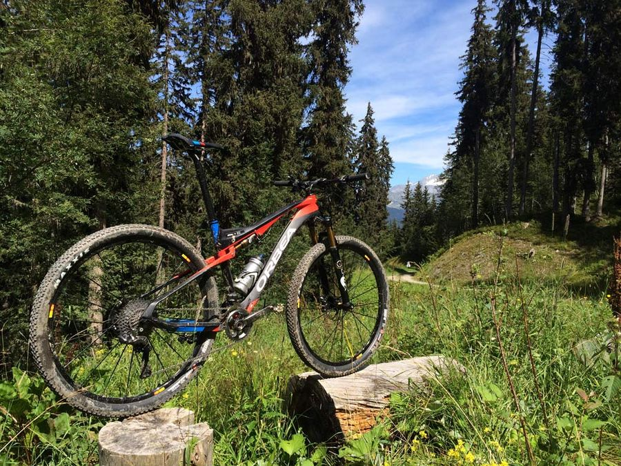 2015-orbea-oiz-full-suspension-xc-mtb-15