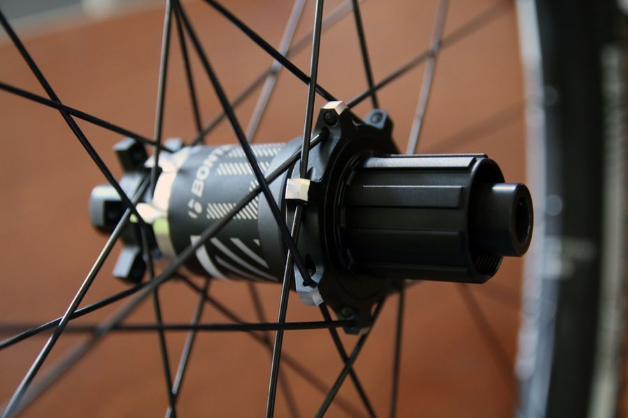 Bontrager Line elite plus hub