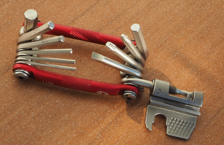 Test Multitool Crank Brothers M17 2
