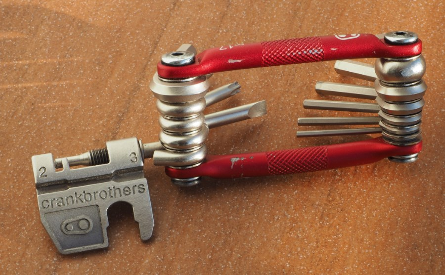 Test Multitool Crank Brothers M17 3